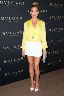 5488e324167a2_-_rbk-celebs-in-yellow-kate-hudson-s2