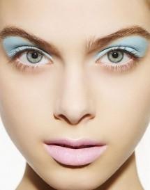 1424468321_trucco-color-pastello-estate-2013-azzurro