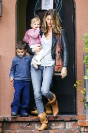 *EXCLUSIVE* A tired looking Gisele Bundchen takes her kids to see the Doctor