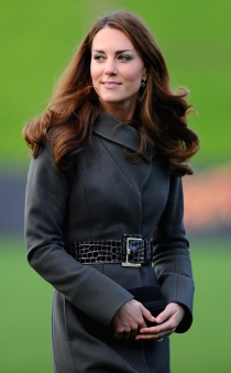 BURTON-UPON-TRENT, ENGLAND - OCTOBER 09:  Catherine, Duchess of Cambridge arrives to meet the England team as they visit a training session at St Georges Park on October 9, 2012 in Burton-upon-Trent, England.  (Photo by Laurence Griffiths/Getty Images)