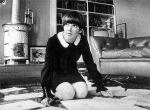 November 1965: Chelsea fashion designer and make-up manufacturer Mary Quant. (Photo by Keystone/Getty Images)