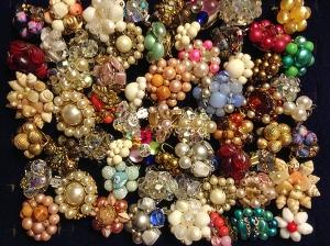single-earrings-lot